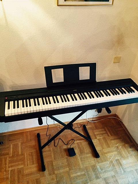 piano eberl i klavierverkauf yamaha klaviere. Black Bedroom Furniture Sets. Home Design Ideas