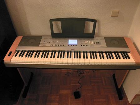 yamaha e piano dgx640c klavierverkauf. Black Bedroom Furniture Sets. Home Design Ideas