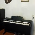 YAMAHA: E-Piano Arius YDP 144