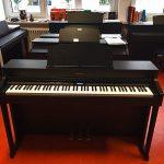 ROLAND: E-Piano HP-603