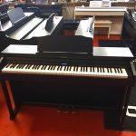 ROLAND: E-Piano HP-601