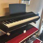 YAMAHA: E-Piano P 125