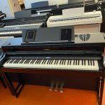 ROLAND: E-Piano HP-704