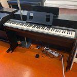 ROLAND: E-Piano FP-10